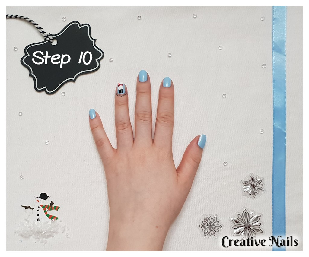 frosty the snowman nail art
