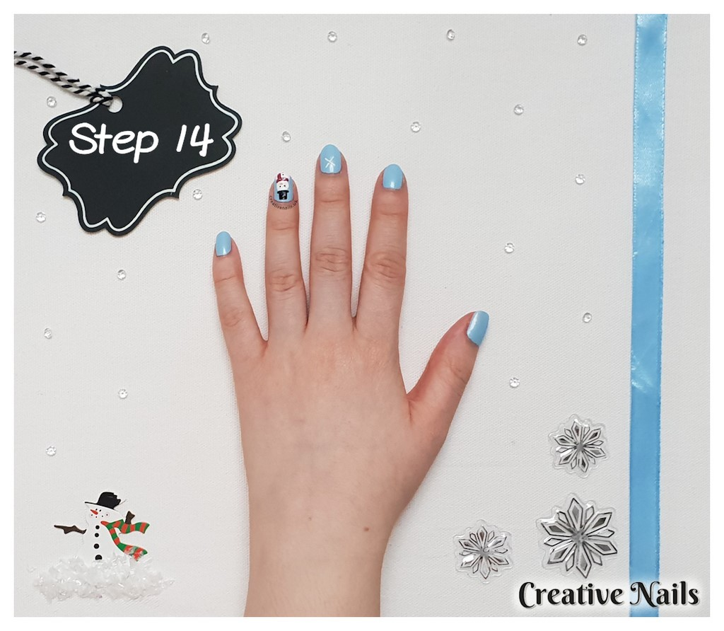 snowflake christmas nails